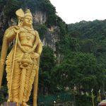 バトゥ洞窟の大階段272段は絶対上るべき。景色、ヒンドゥー教、鍾乳洞全て体験しよう