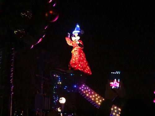 香港ディズニーランドのミッキー